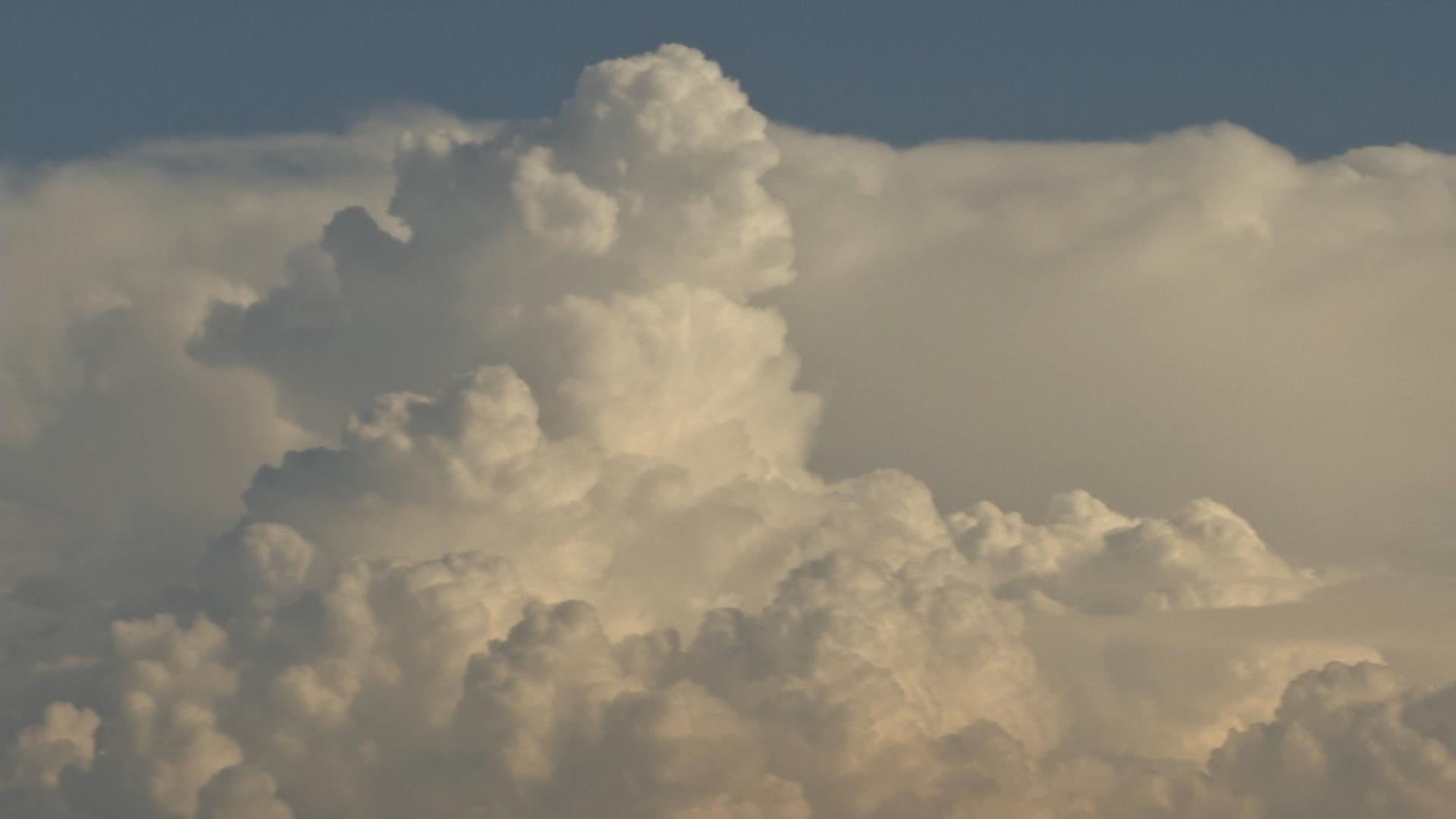 Wetterdienst warnt vor Starkregen und Hagel