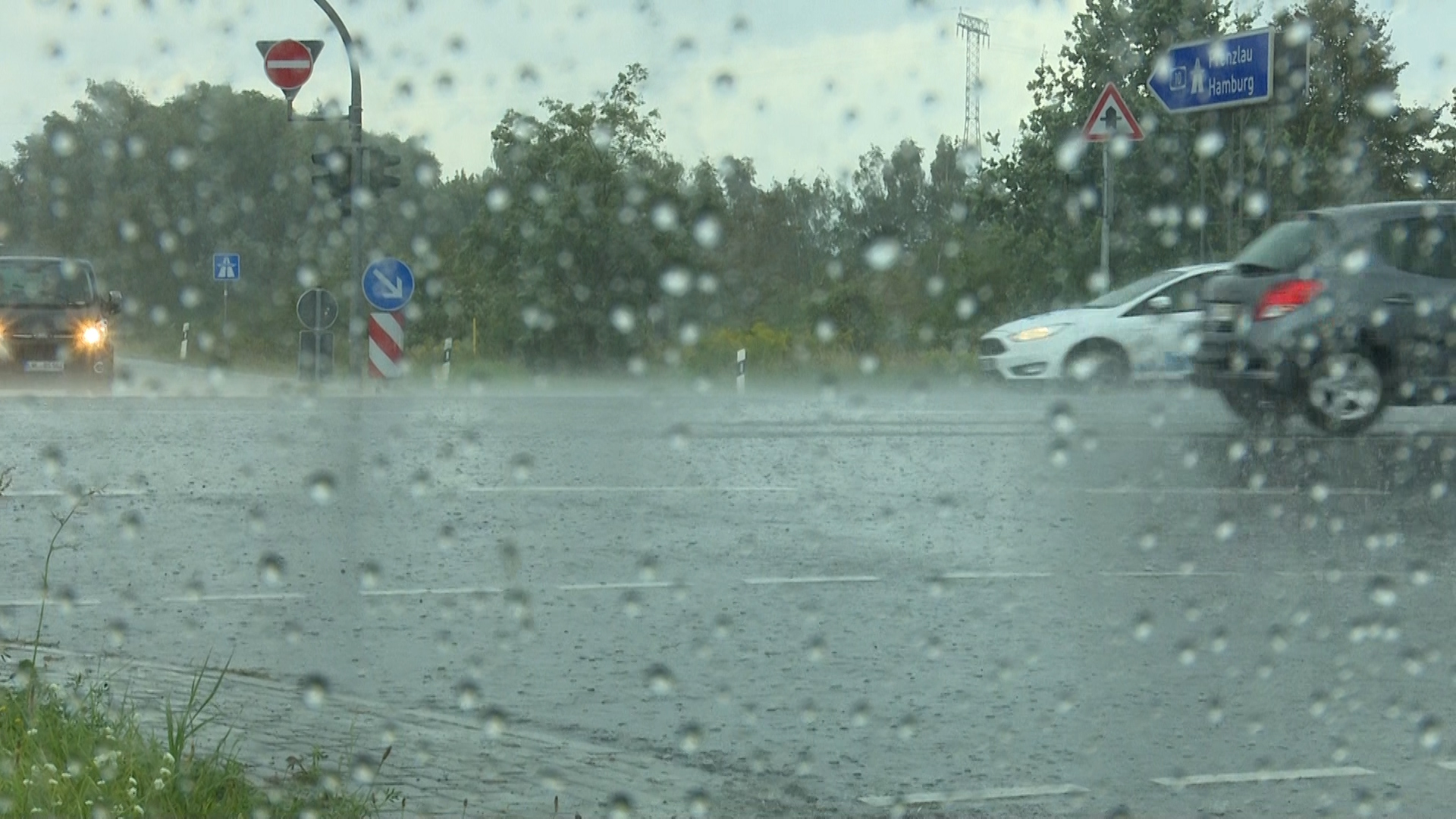 Warnung vor orkanartigen Böen in Teilen Sachsens